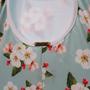 Maiô Infantil Com Babado No Decote Floral Branco